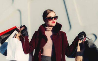 Personal shopper – Morfología, Curves, Entrevista